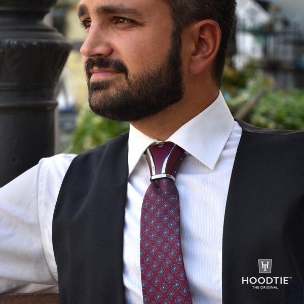 Un nouvel accessoire de cravate
