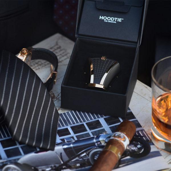 Objets de luxe pour homme - accessoire de cravate Hoodtie Edition limitée et coffret